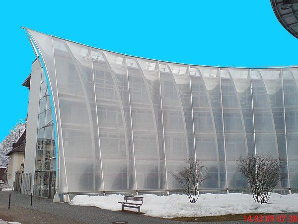 Stahlrohrunterkonstruktion einer Membranfassade, Bad Tölz