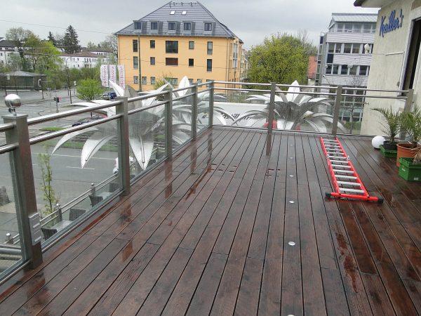 Aufstockung und Ausbau der Terrassen und Freischankflächen einer Gaststätte