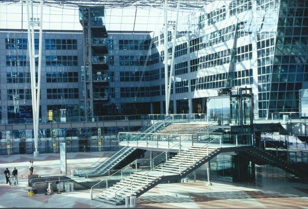 Stahl-Glas-Konstruktionen am Airport München, MAC